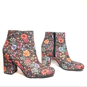 Lucky Brand Salmah Floral Ankle Boots Booties 9